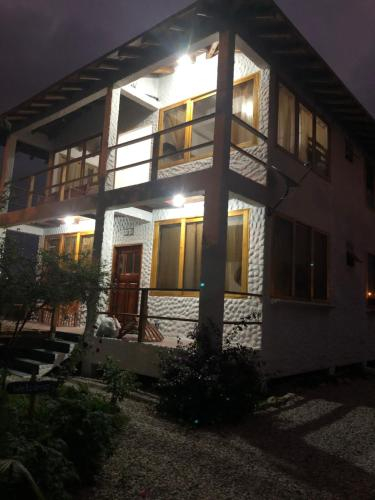 Elysium, Santa Elena