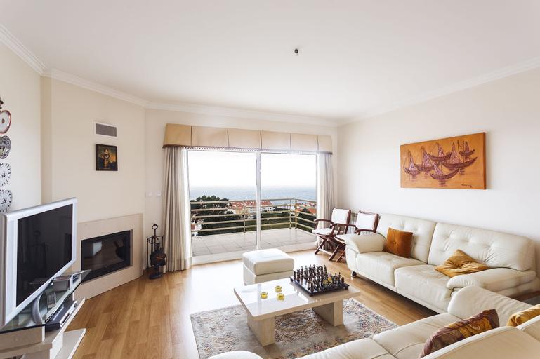Luxury Ericeira Apartment, Mafra