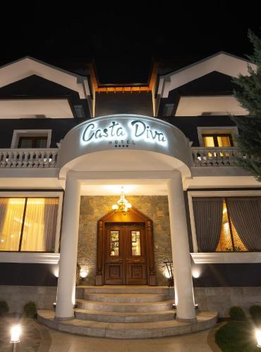 Casta Diva Hotel, Korçës