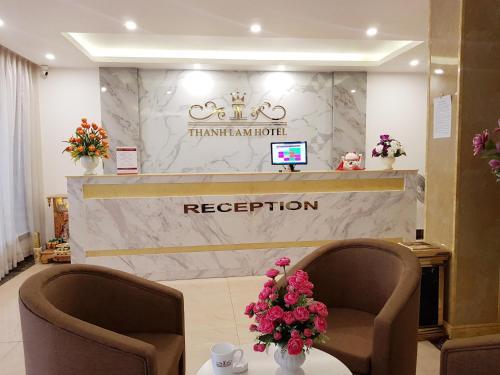 Luxury Blue Hotel, Hoàng Mai
