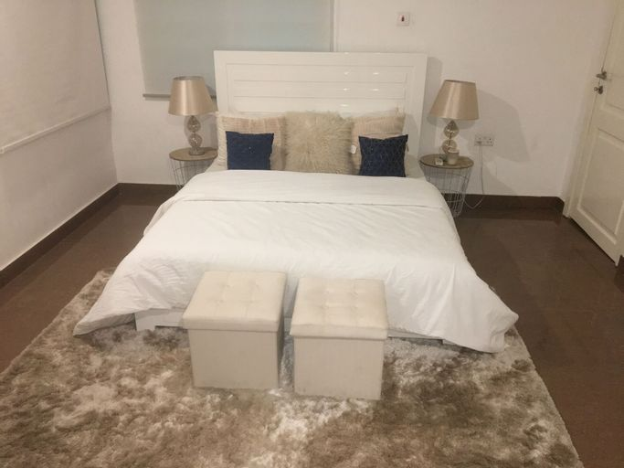 Mustapha's Apartment, Accra