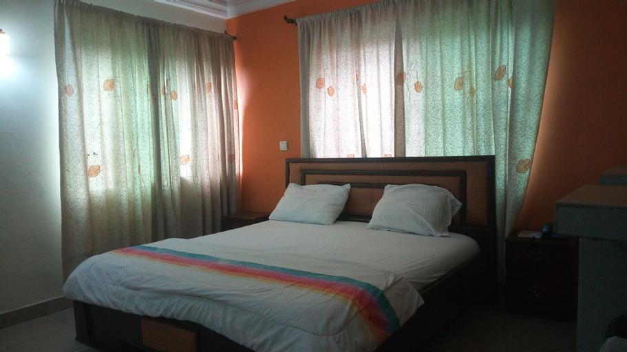 Abal Hall and Hotels, Lagelu