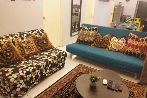Holiday home 10-15Pax SeasideHome CrystalBayResort Alai Perdana, Kota Melaka