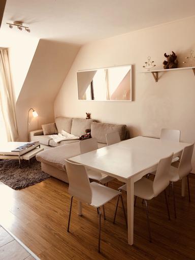 Cozy 3 Bedrooms Apartment, Samokov