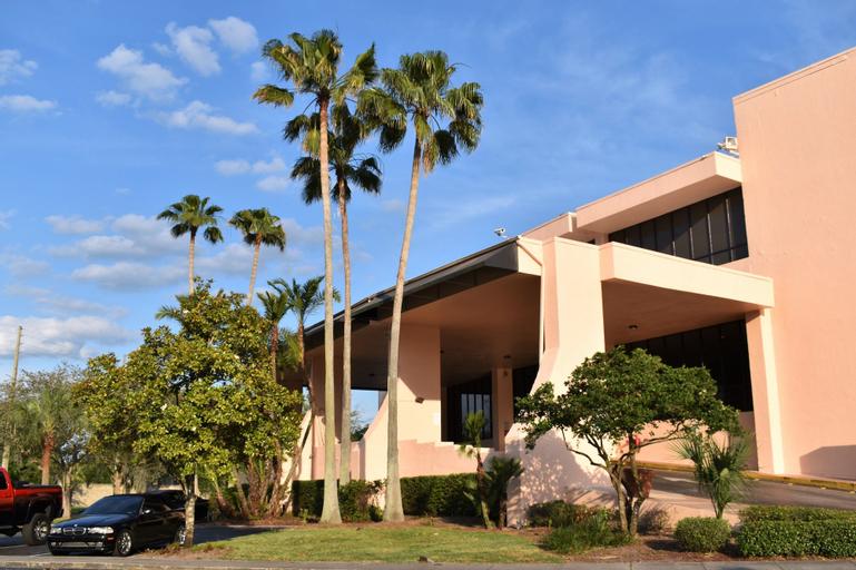 APM Inn & Suites, Orange