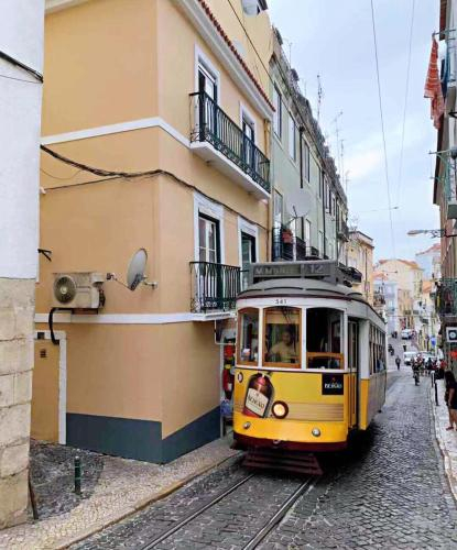 Tram & Fado Memory House — Under the St. George's Castle, Lisboa