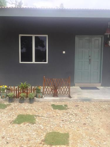 Ciknet Homestay Kampung Baharu Lumut, Manjung