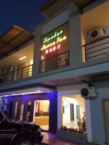 Sipadan Haven / Crystal / Jade Inns, Semporna