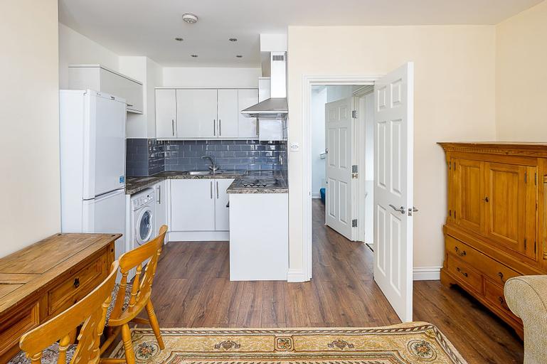 Two Bedroom Flat in Deptford, London