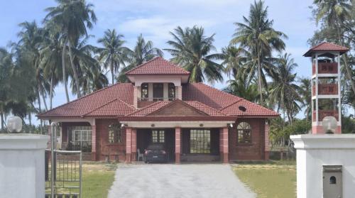 MNI beach view villa., Besut