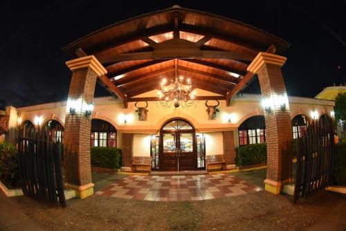 Hotel y Restaurante La Plancha, Managua