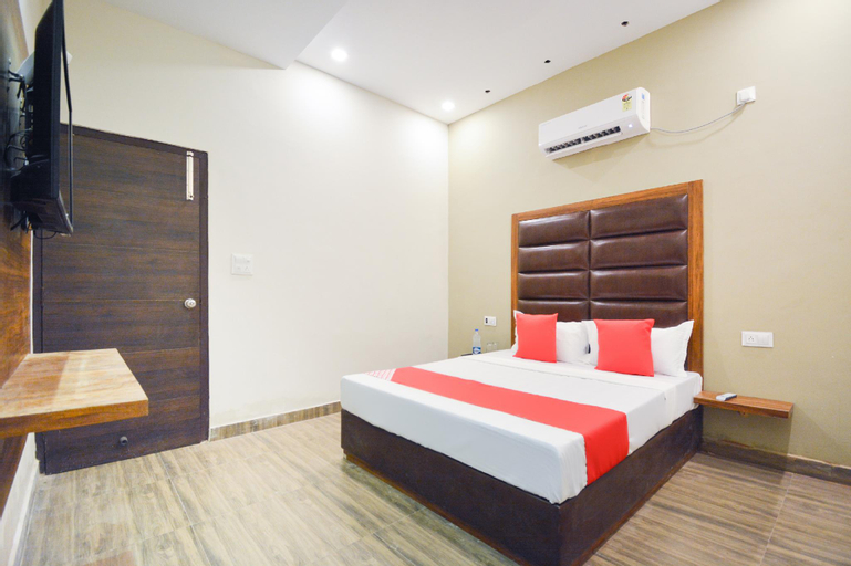 OYO 44929 Grand Motel, Hoshiarpur