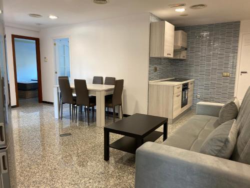 Luxurious 5 Bedroom Apartment in Moncloa-Aravaca, Madrid