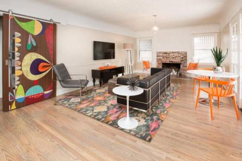 5 Minute walk to Downtown!!, Washoe