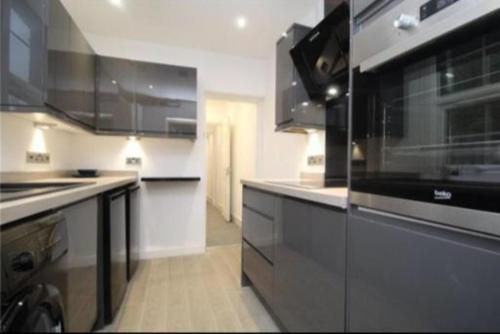 Luxury double rooms gillingham city centre, Medway