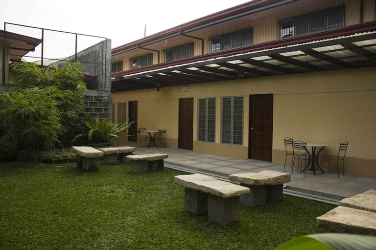 Happy Turtle Hostel, Quezon City