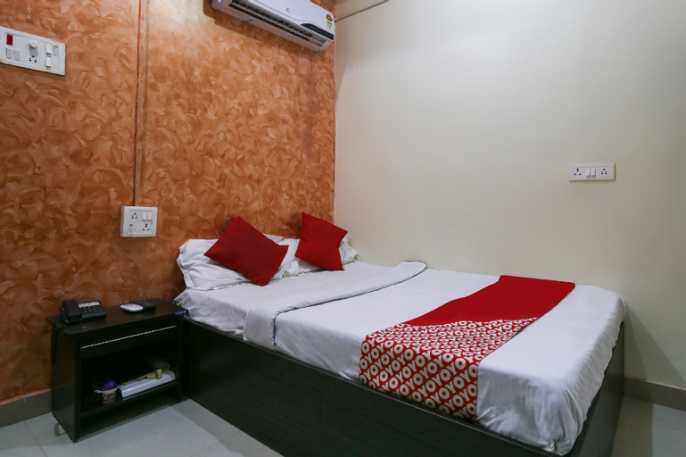 OYO 66512 Omkara Family Restaurant & Rest House, Jehanabad