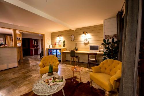 A l'Hotel Pau Universite, Pyrénées-Atlantiques