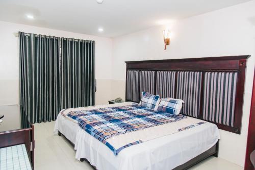Hotel Romantic, Ngô Quyền