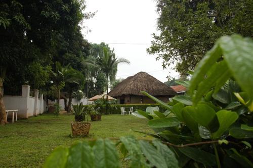 D'Venue Hotel Masindi, Buruli