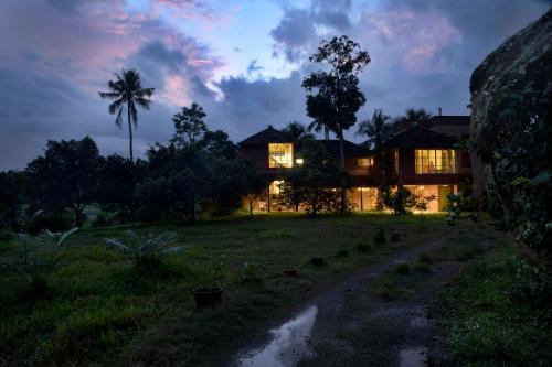 Mynakom by Vista Rooms, Ernakulam