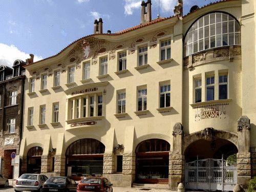 Hotel Okresni Dum, Hradec Králové