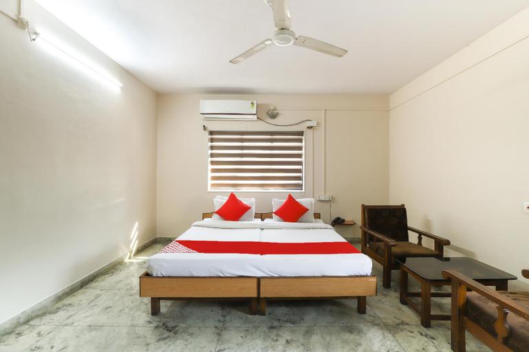 OYO 62900 Hotel Vishwanath, Dadra and Nagar Haveli