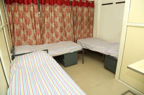 Saerah Homes Gents Hostel, Ernakulam