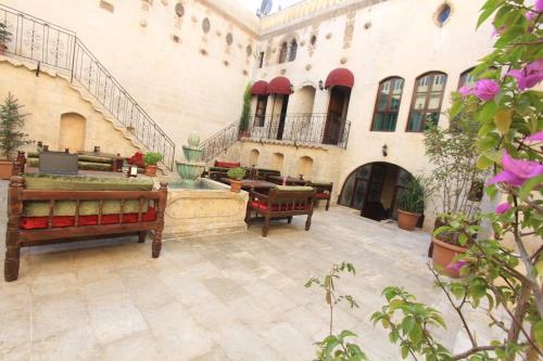 Palmyra Boutique Hotel, Merkez