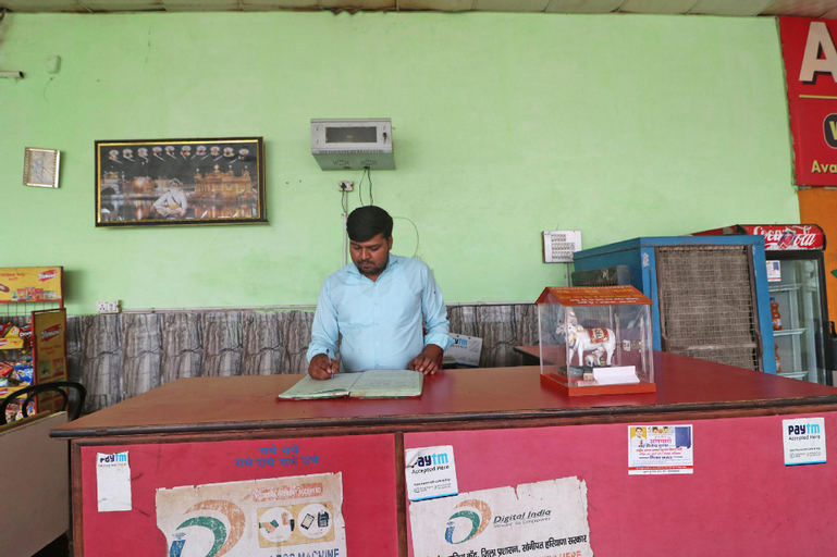 SPOT ON 63678 Amritsari Dhaba, Sonipat