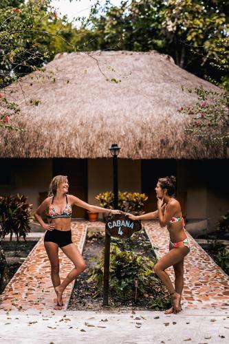 The Mayan Garden- Jungle Lodging & Retreat Center,