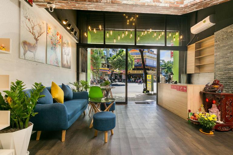 OYO 526 Hoang Dat Hotel, Phú Nhuận