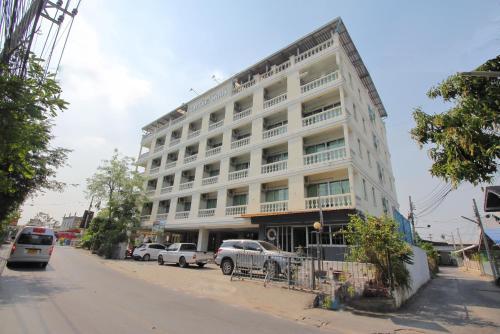 OYO 498 Ladawan Villa, Thungkru