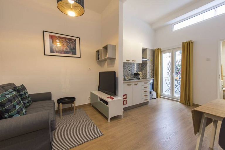 Fresh One Bedroom Apartment in Noble Principe Real, Lisboa
