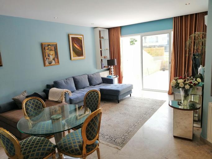 Superbe appartement avec Piscine, Soukra