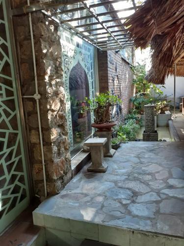 Huong Sen Homestay & Healthcare Massage, Ninh Bình