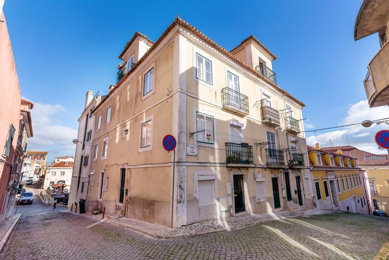 A Place to Call Home in Lisbon, Lisboa