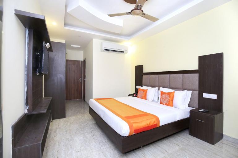 Hotel Royal, Sahibzada Ajit Singh Nagar