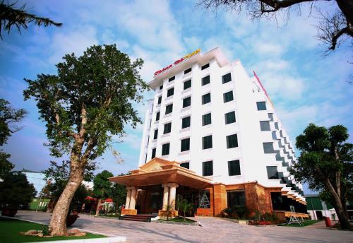Thong Đo Hotel, Hưng Nguyên