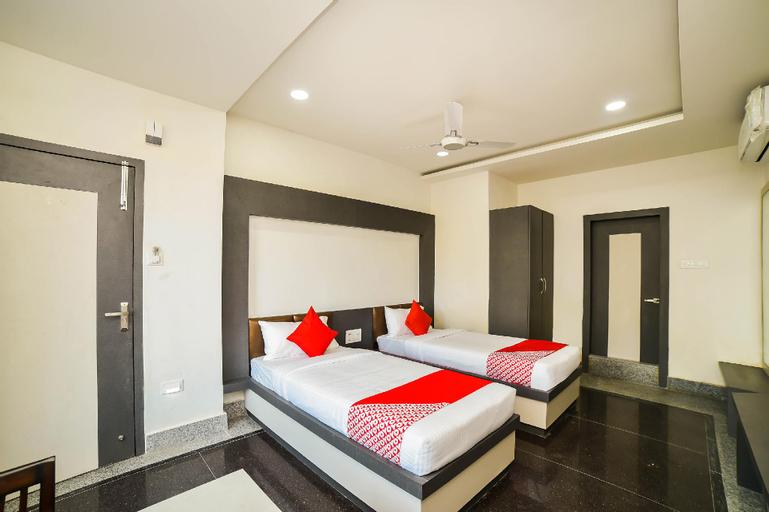 Capital O 64400 Hotel Saphire, Tinsukia