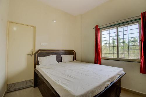 SPOT ON 65886 Hotel Lollen Palace, West Siang