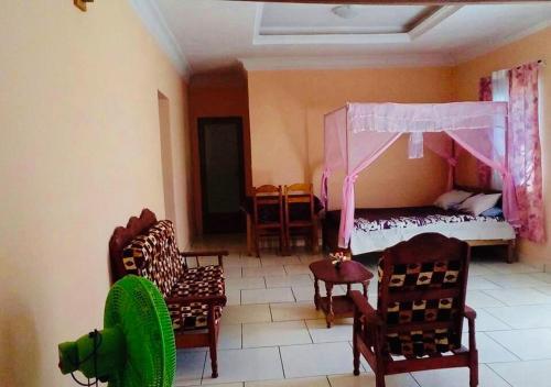 Soafivehy Hotel, Menabe