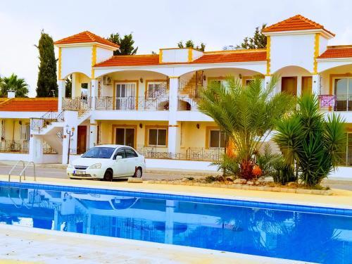 Salamina Houses Apart Hotel,