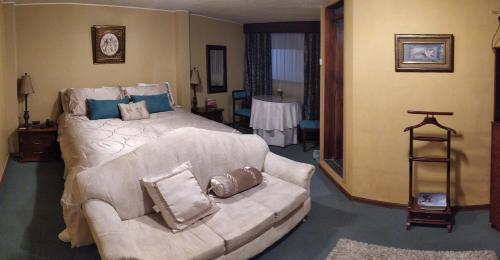 HOTEL ALAMO, Latacunga