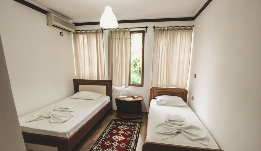 Hotel RELAX Pazari i Vjeter, Gjirokastrës
