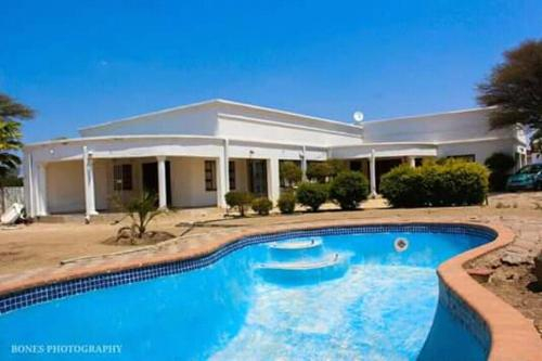 White Planet Guest House, Francistown