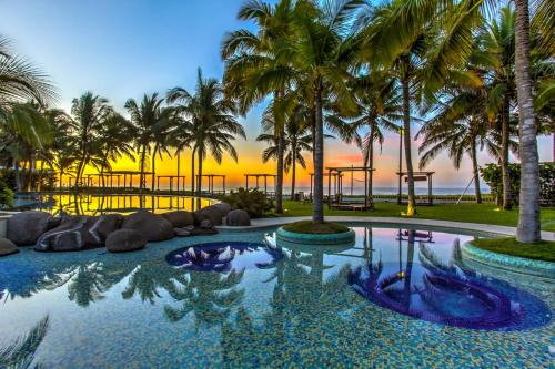 Luxury Villas by the Beach, Taxisco