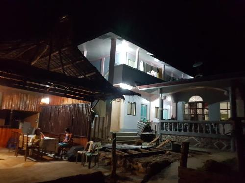 Basio's Place, San Vicente
