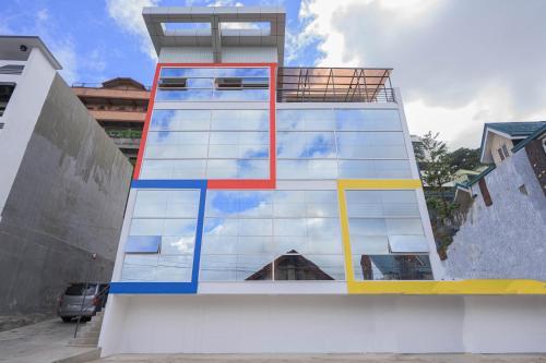 Breezy Point Baguio - Mondrian Apartel, Baguio City