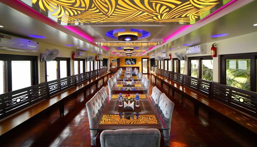 Best Luxury Houseboat, Alappuzha